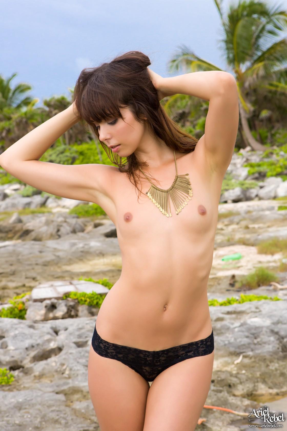Caribbean_Beauty_006-lg
